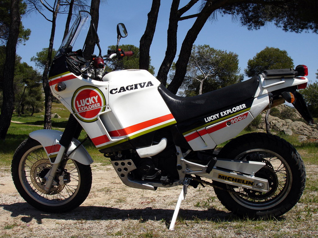 Cagiva Elefant 900 IE 1990 images #68838