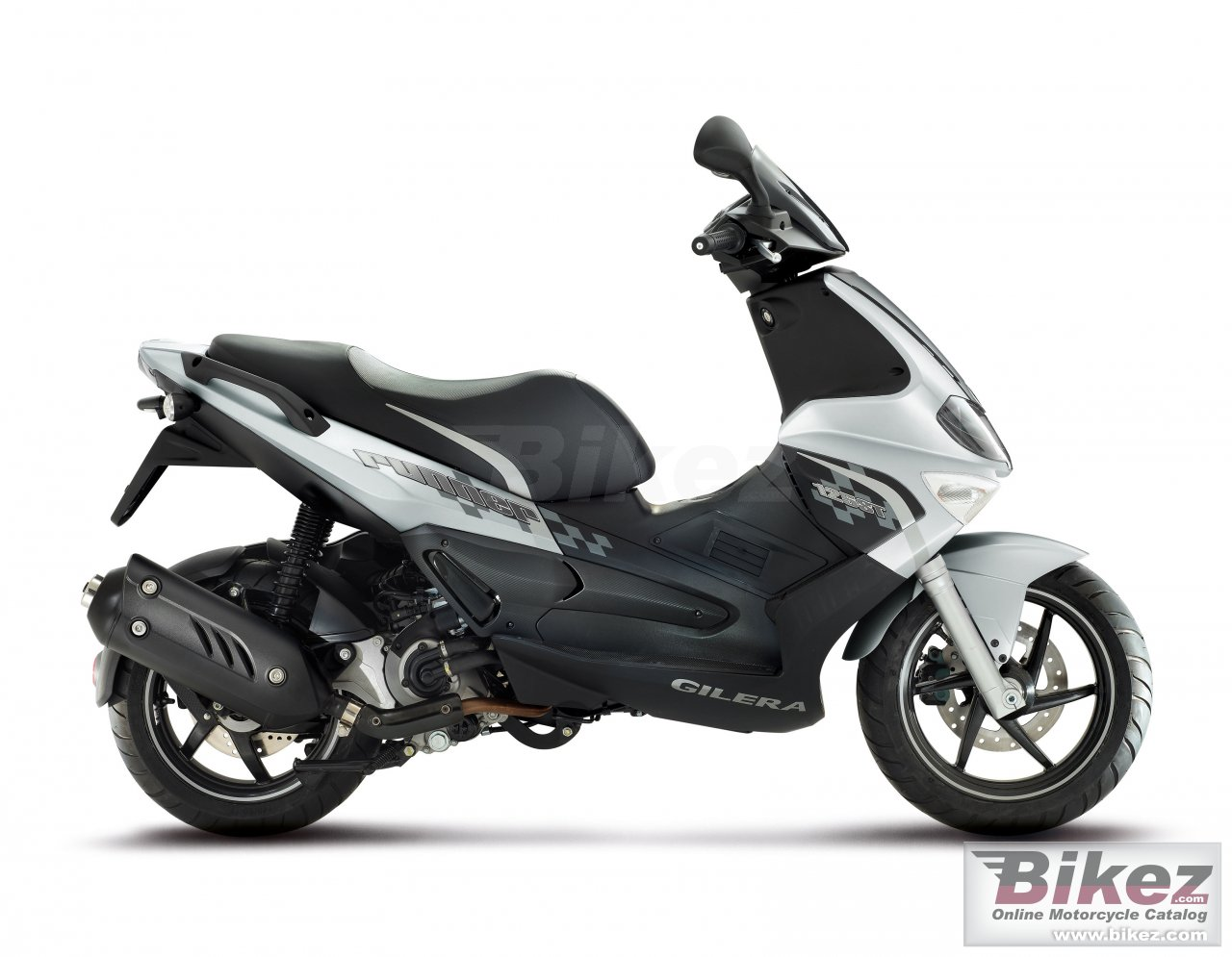 Gilera Runner 125 Black Soul 2015 images #74476