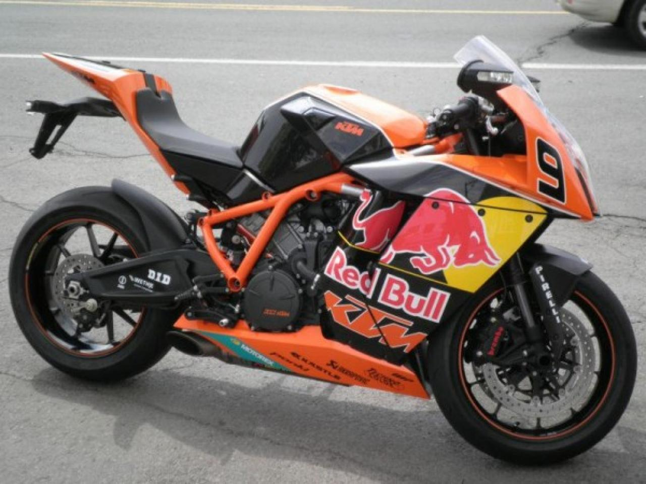 KTM 1190 RC8 R Red Bull Limited Edition 2010 images #86761