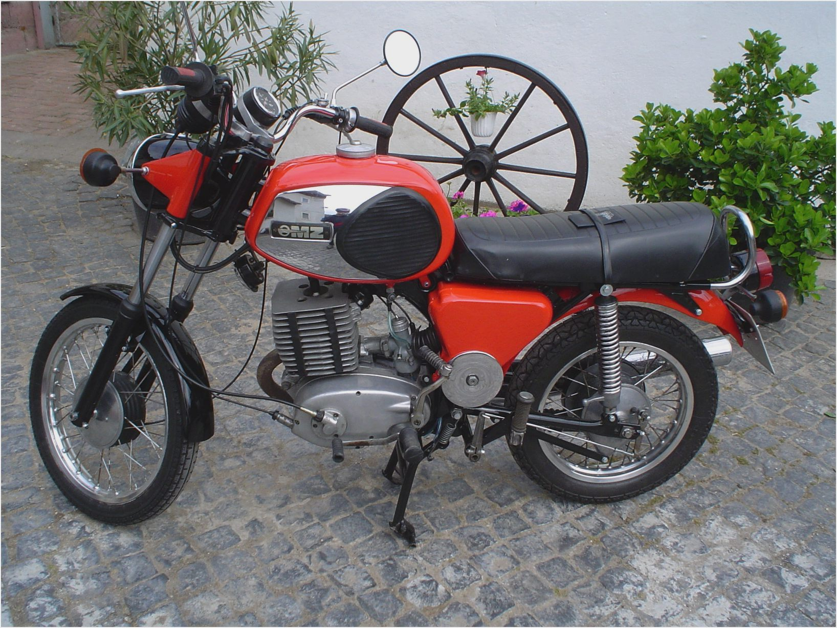 1980 mz ts 250 1 pics specs and information. Black Bedroom Furniture Sets. Home Design Ideas