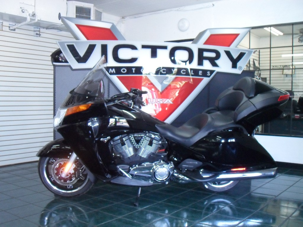 Victory Touring Deluxe 1500 2000 images #129158