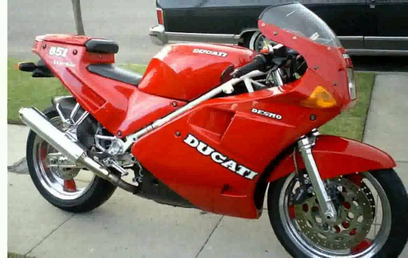 Ducati 851 Strada 1990 wallpapers #10623