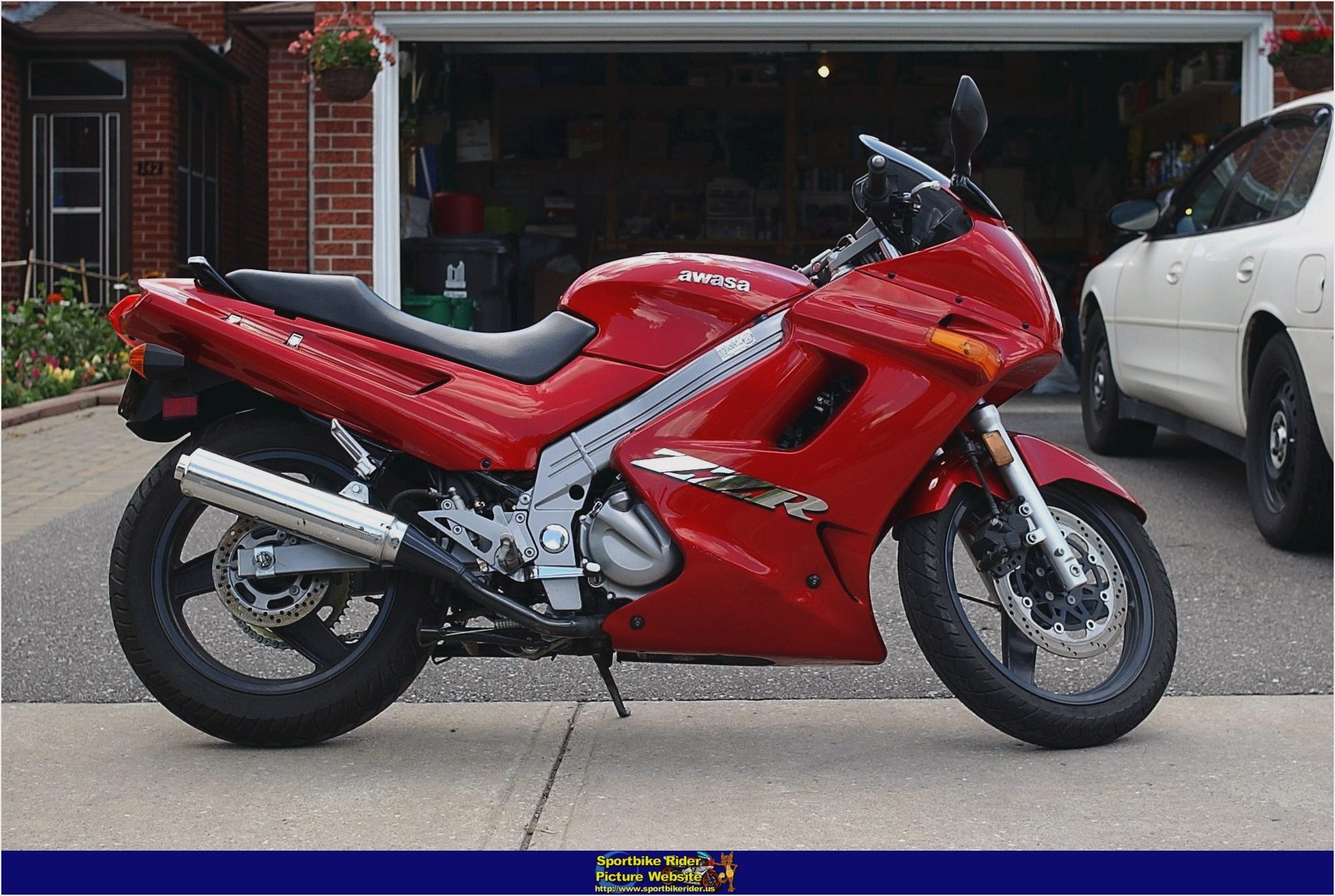 Motorcycle Kawasaki ZZR 250: photos, review, specifications, owner reviews 98