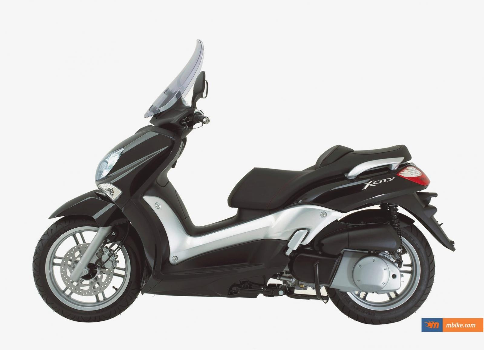 2011 yamaha x city 250 pics specs and information. Black Bedroom Furniture Sets. Home Design Ideas