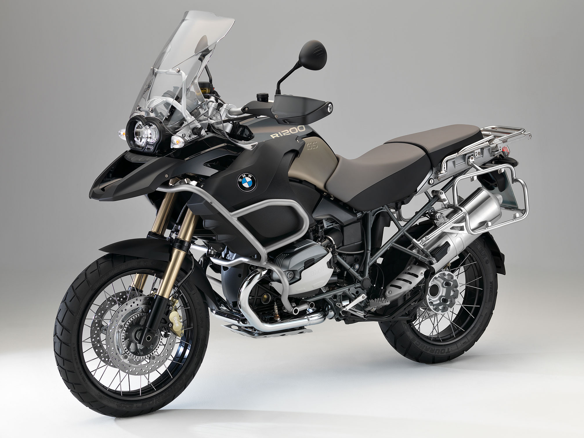 BMW R1200RT 90 Years Special Model images #8930