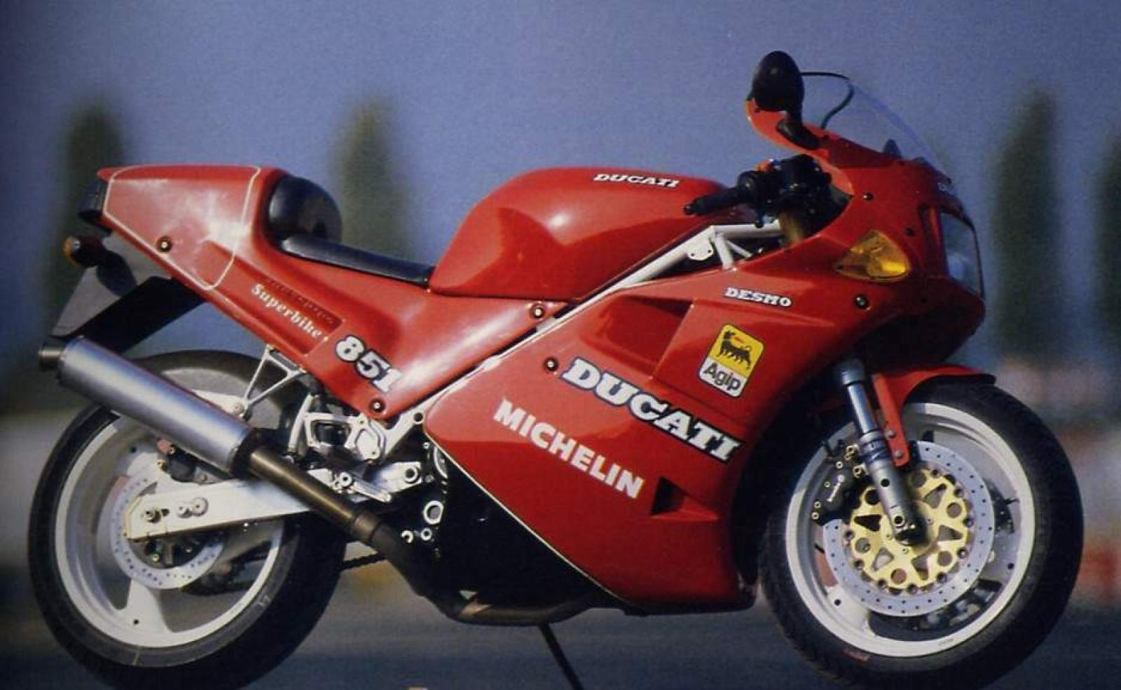 Ducati 851 Strada 1990 wallpapers #10624
