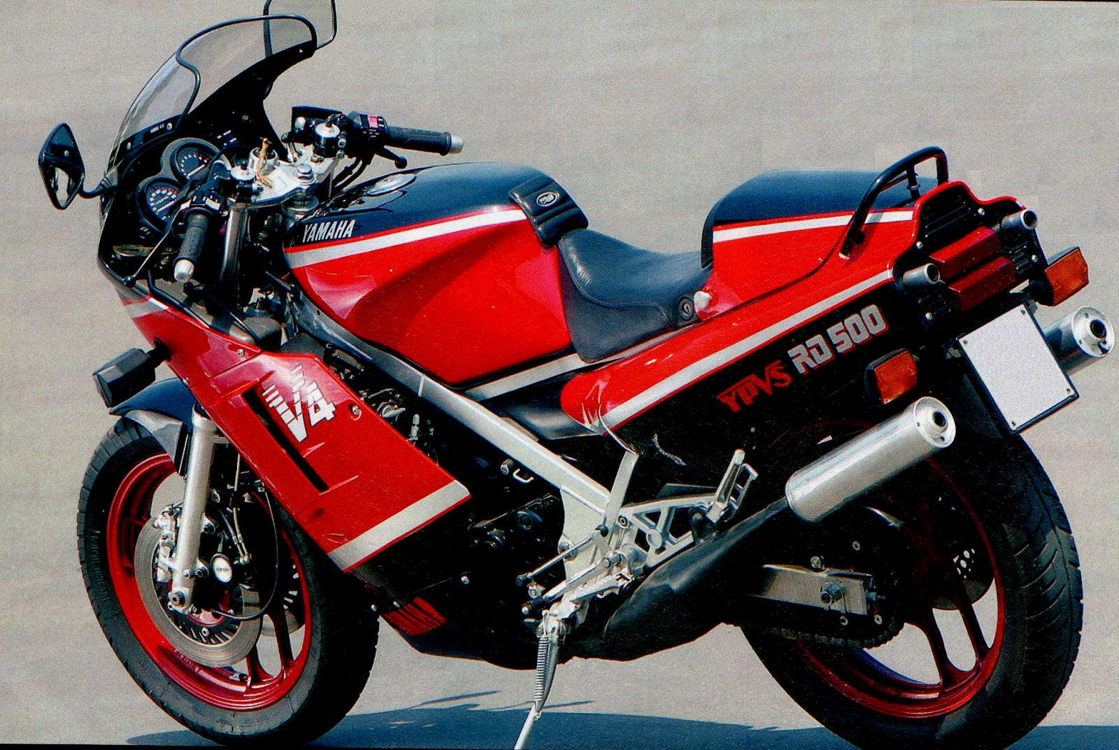 Yamaha RD 500 LC 1985 images #90046