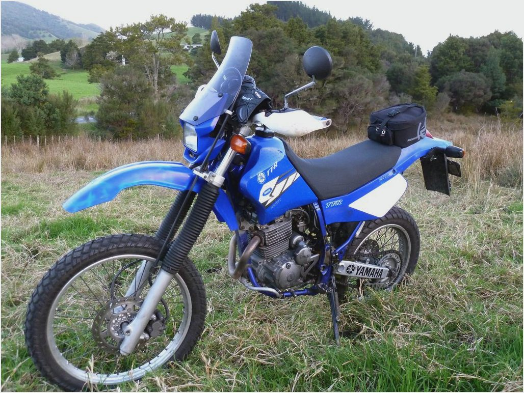 yamaha tt r 225 pics  specs and list of seriess by year 2002 TTR 225 Manual 2003 TTR 225 Specifications
