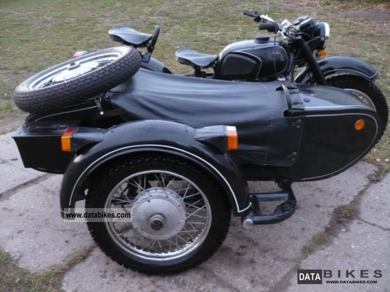 Dnepr MT 10 with sidecar 1977 images #71408