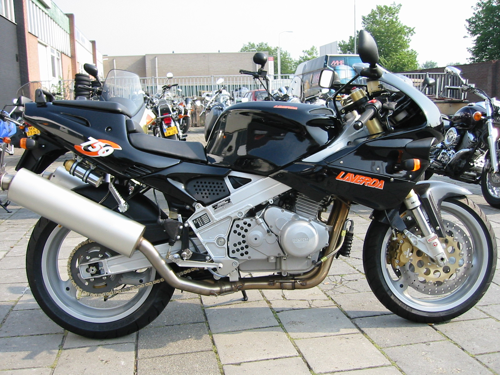 Laverda 750 Ghost Strike images #101744
