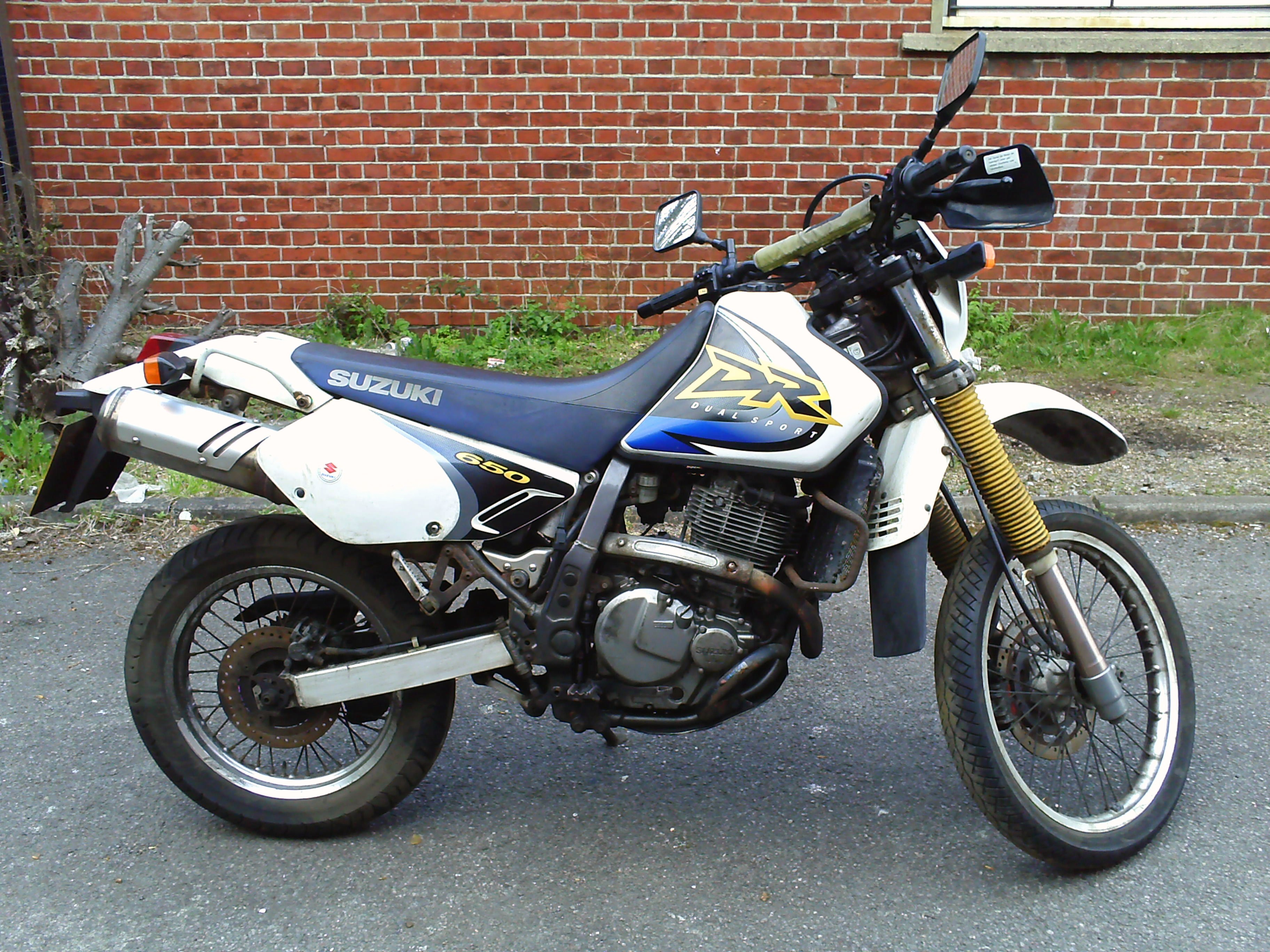 Suzuki DR 650 SE: pics, specs and list of seriess by year ...