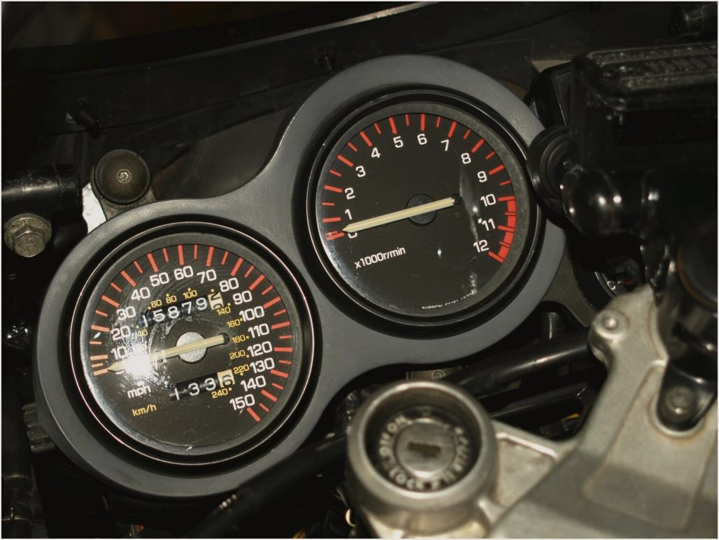 Yamaha RD 500 LC 1985 images #90047