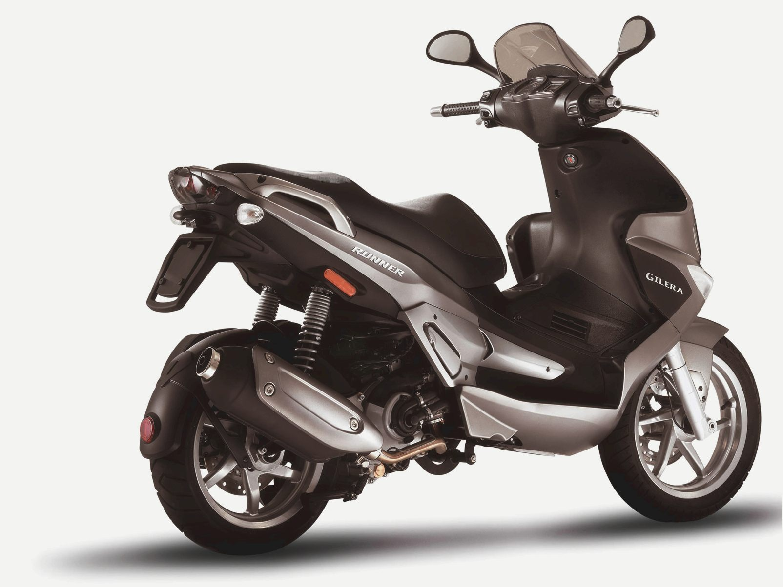 Gilera Runner 125 Black Soul 2015 images #74481