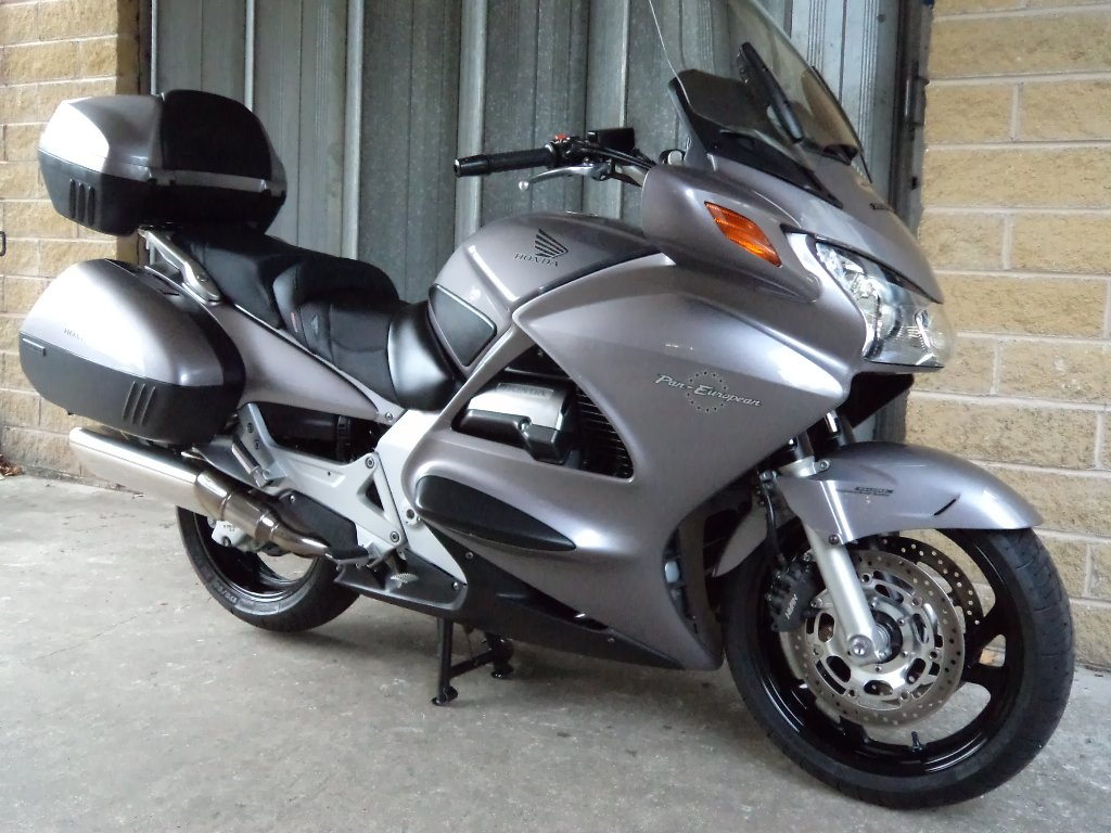 2003 honda st 1300 pan european pics specs and. Black Bedroom Furniture Sets. Home Design Ideas