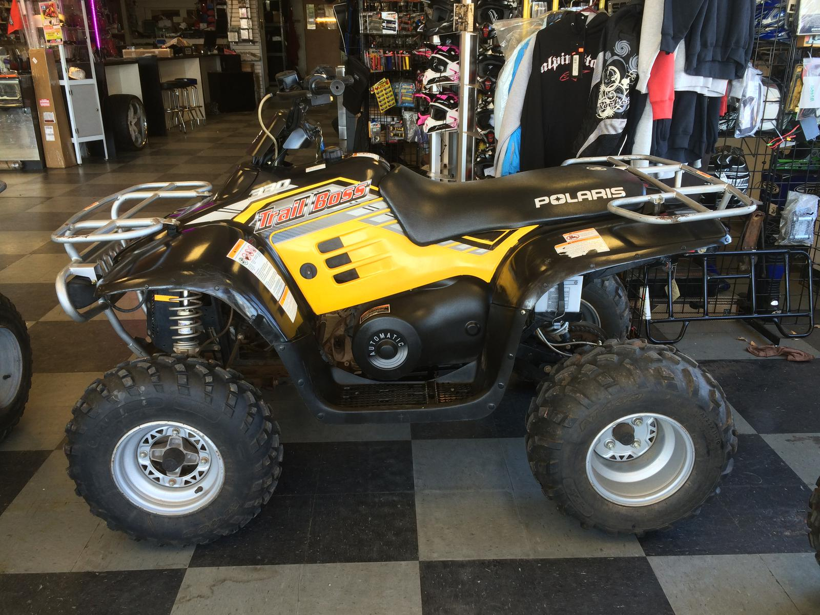2005    Polaris       Trail       Boss       330     pics  specs and information  onlymotorbikes