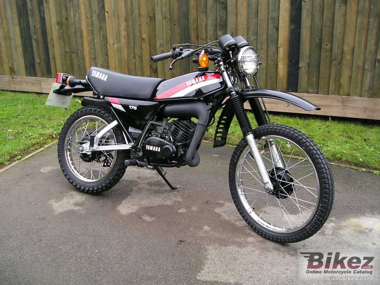 Yamaha dt 80 mx pics specs and list of seriess by year for Yamaha mx 80 for sale