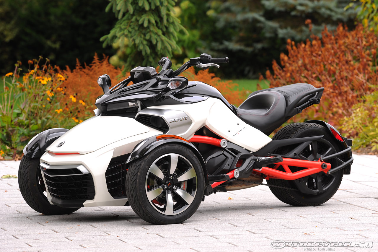 Can-Am Spyder ST 2014 images #68545