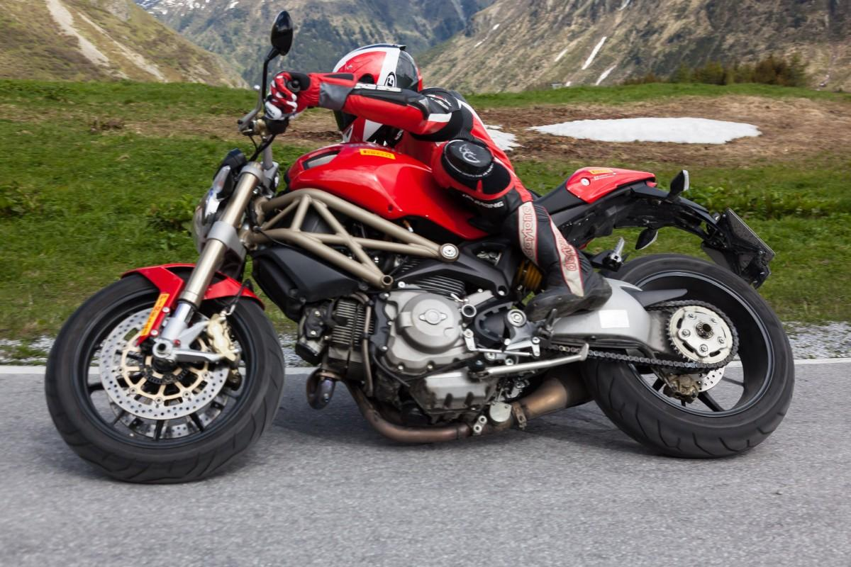 Ducati Monster 1100 EVO 20th Anniversary wallpapers #19169