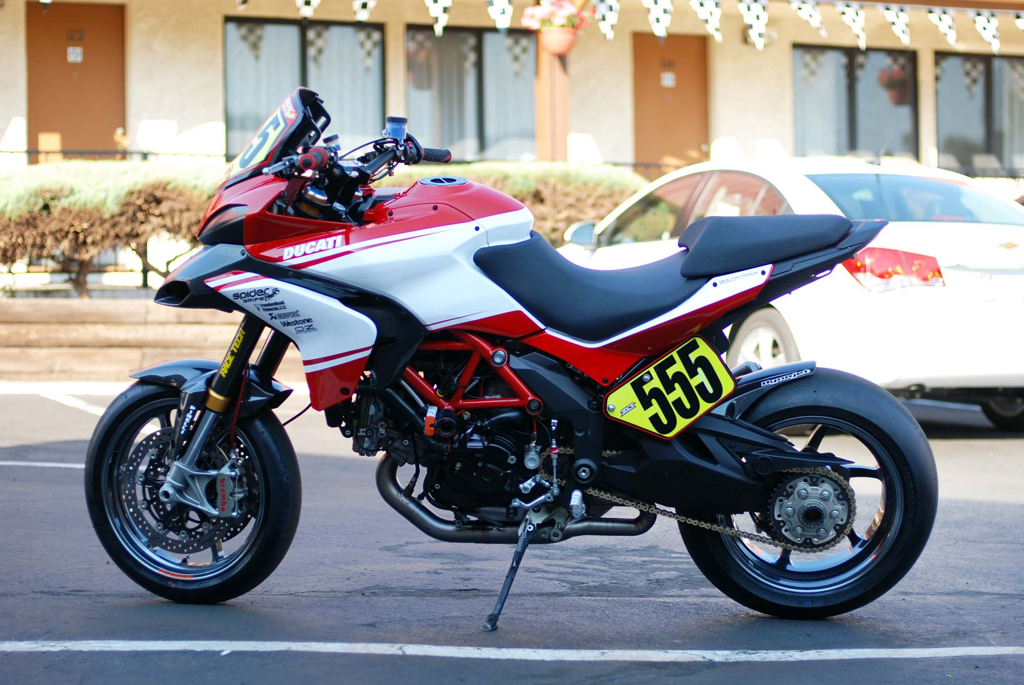 Ducati Multistrada 1200 S Pikes Peak Edition 2013 images #80025