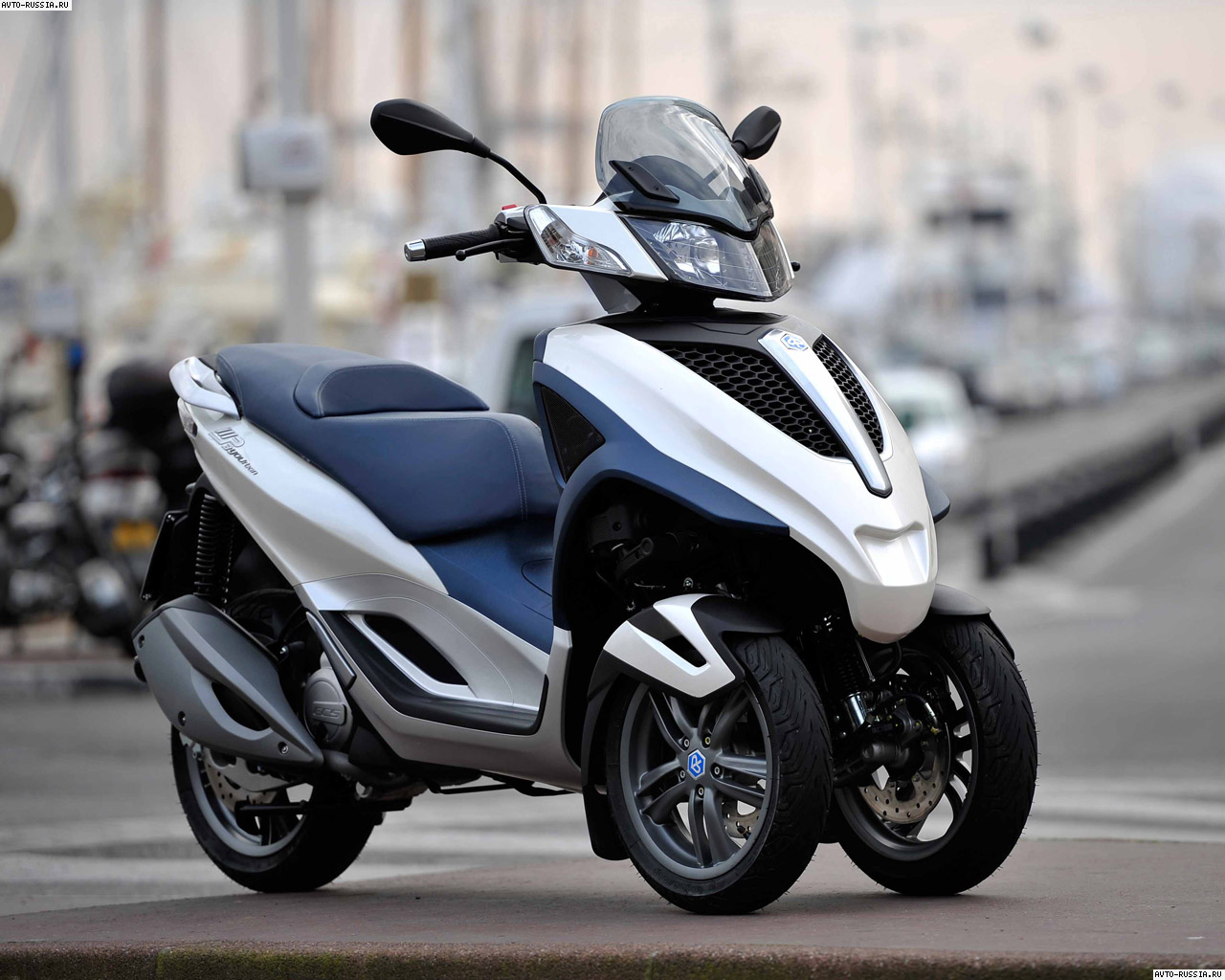 Piaggio MP3 125 Yourban 2011 wallpapers #144541