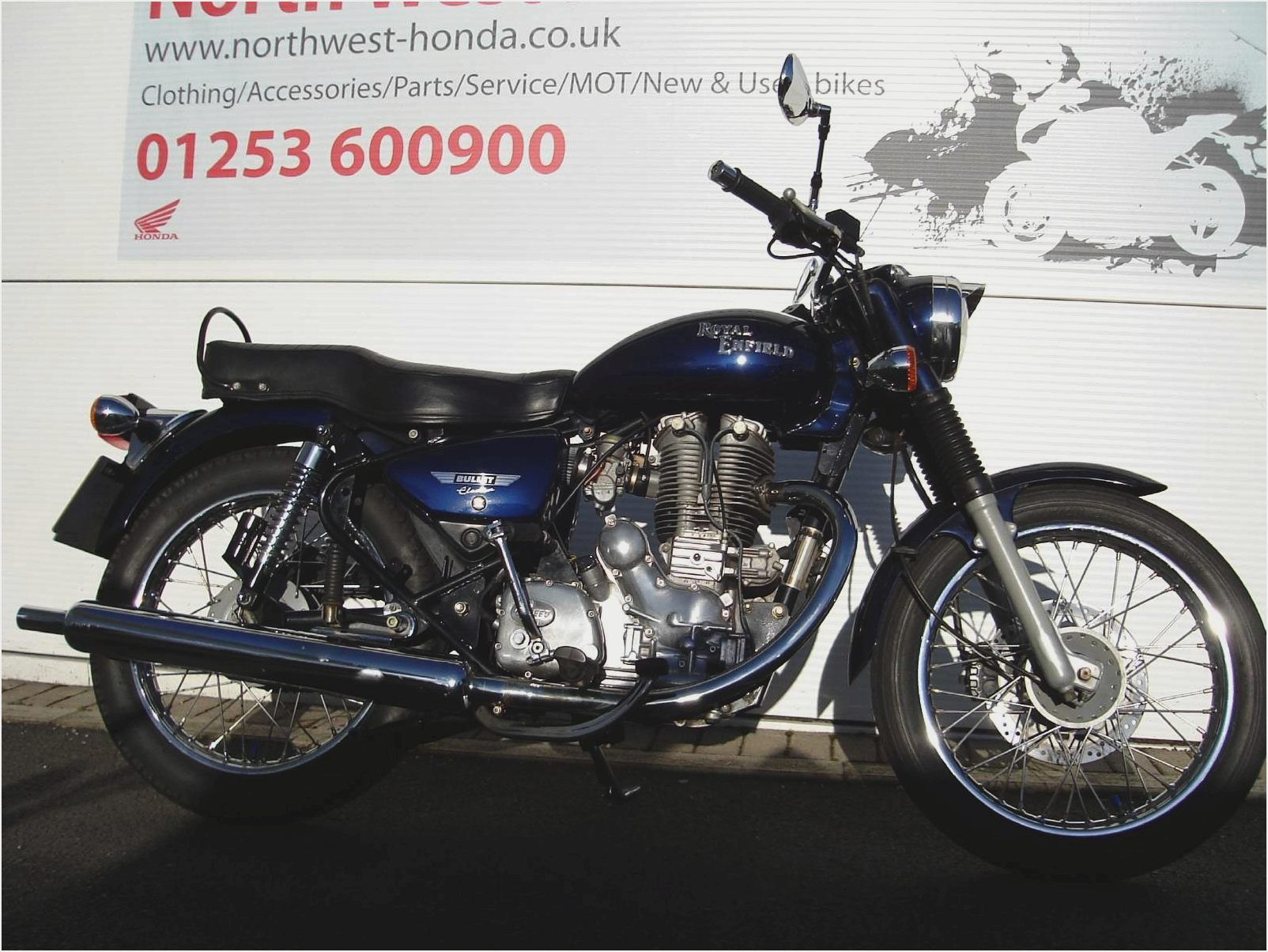 Royal Enfield Bullet 500 Deluxe AVL 2010 images #124039