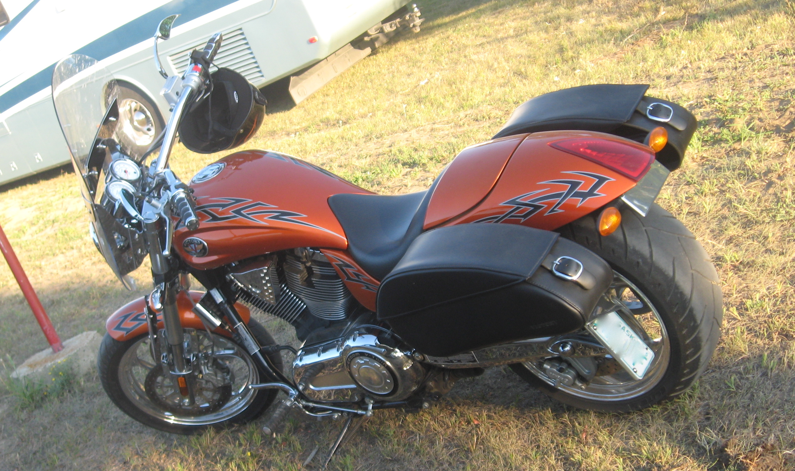 Victory Touring Cruiser 1500 2005 images #129165