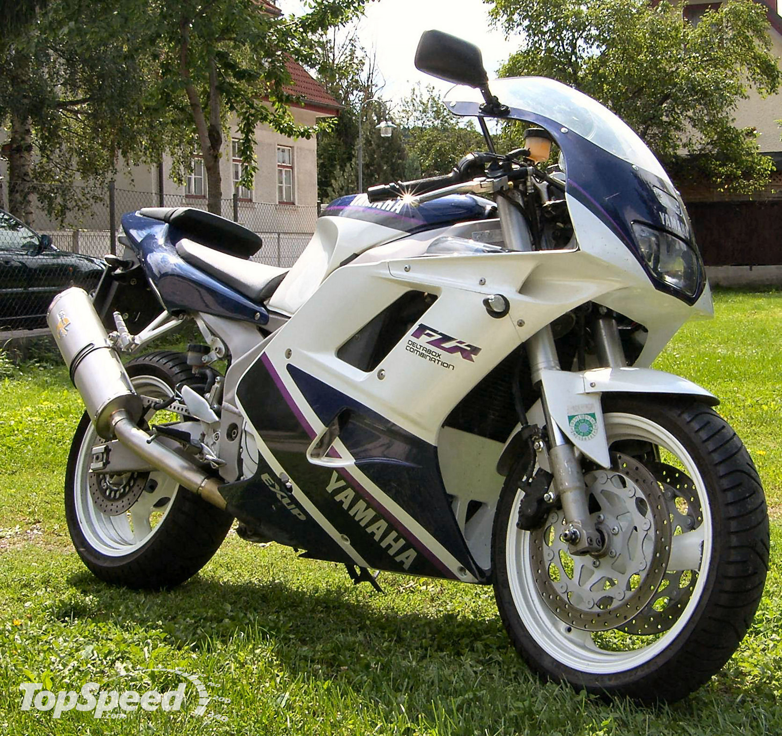 1990 yamaha fzr 1000 r exup pics specs and information. Black Bedroom Furniture Sets. Home Design Ideas