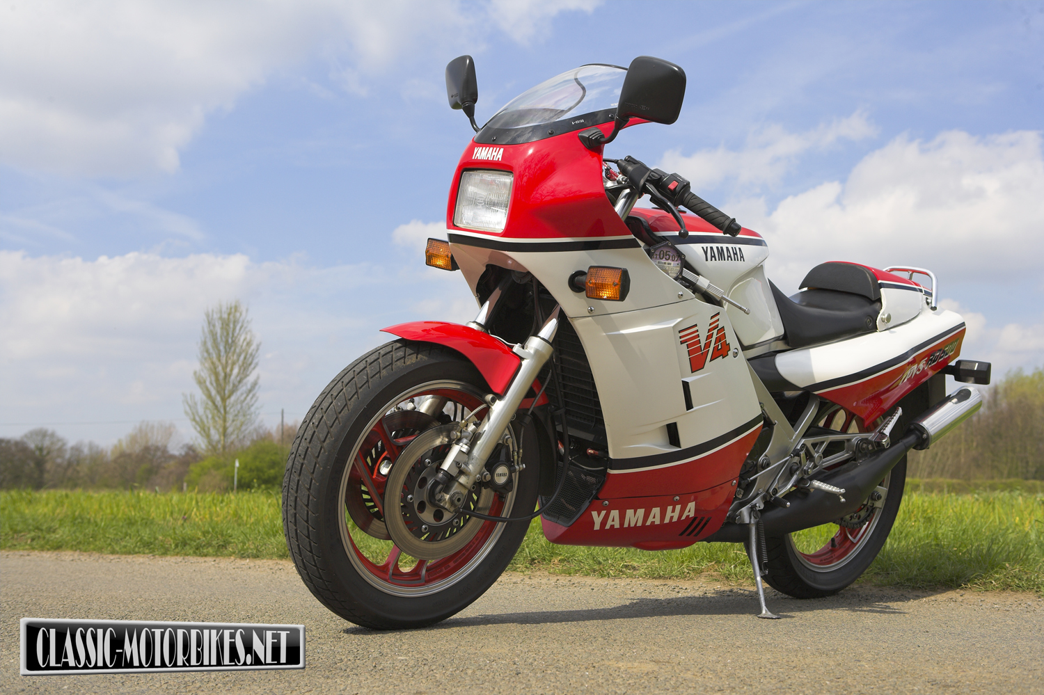 Yamaha RD 500 LC 1985 images #90050