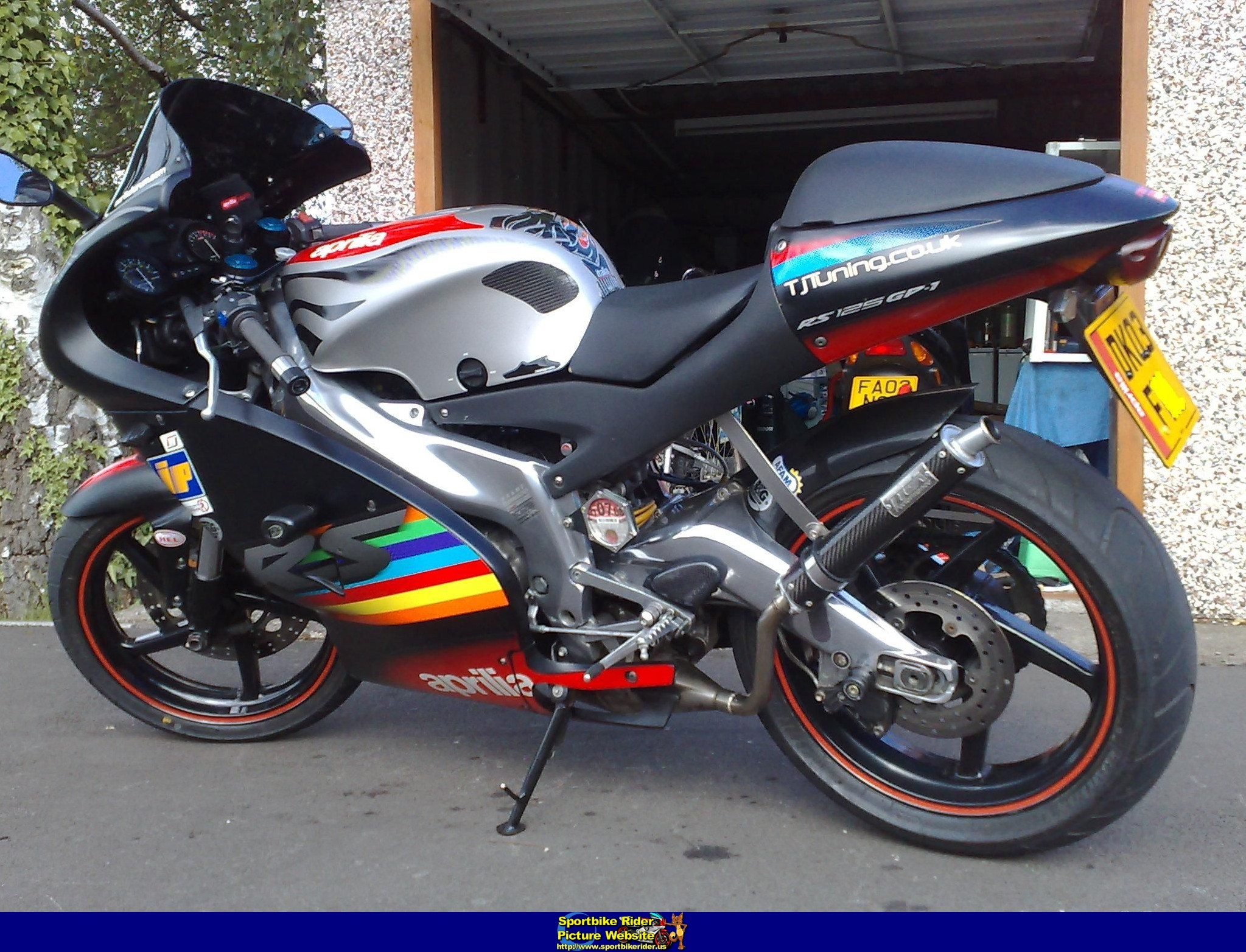 2003 aprilia rs 125 pics specs and information. Black Bedroom Furniture Sets. Home Design Ideas
