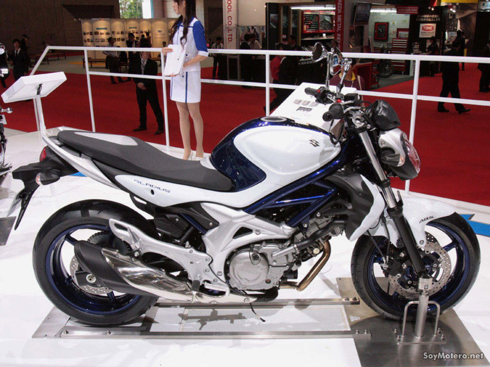 suzuki gladius 400 abs pics specs and list of seriess by year. Black Bedroom Furniture Sets. Home Design Ideas