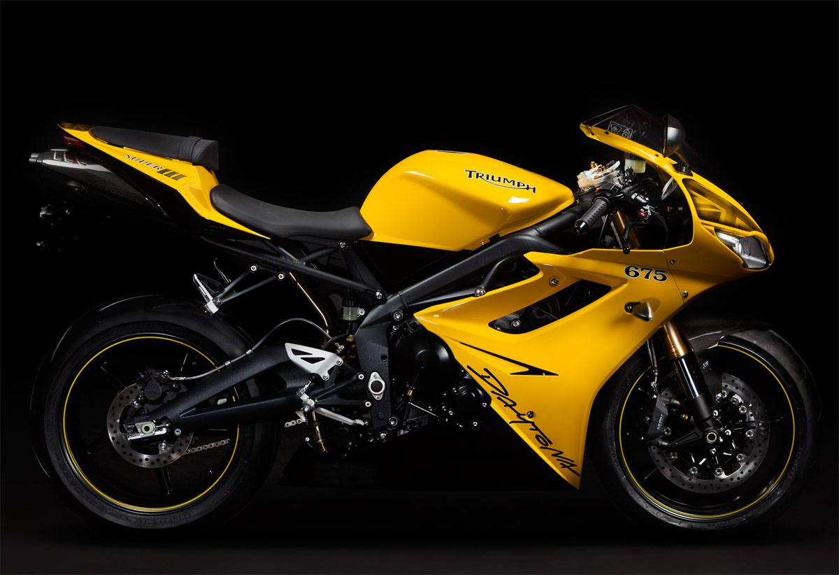 Triumph Daytona Super III 1994 wallpapers #130461