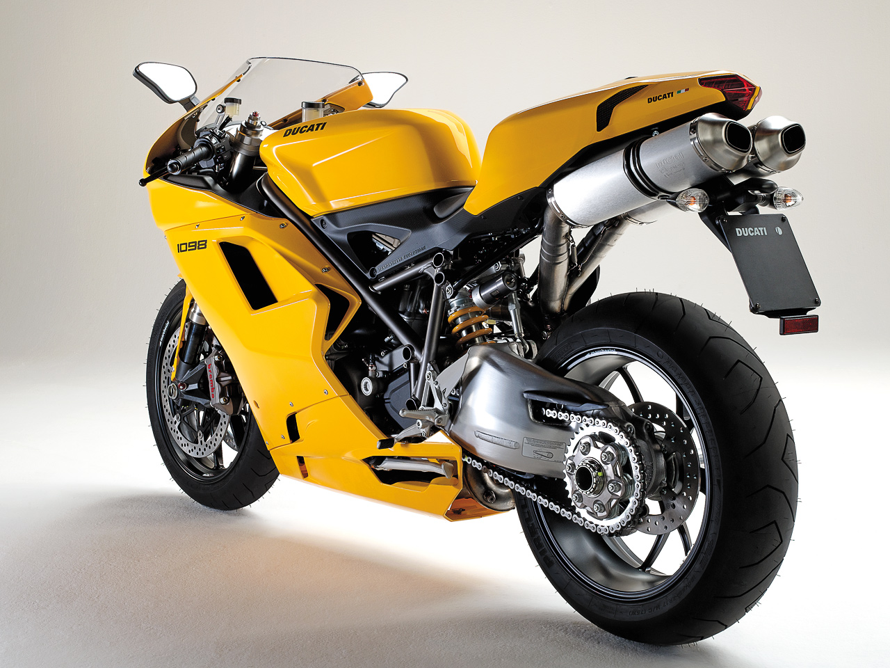 2007 ducati superbike 1098 r pics specs and information. Black Bedroom Furniture Sets. Home Design Ideas