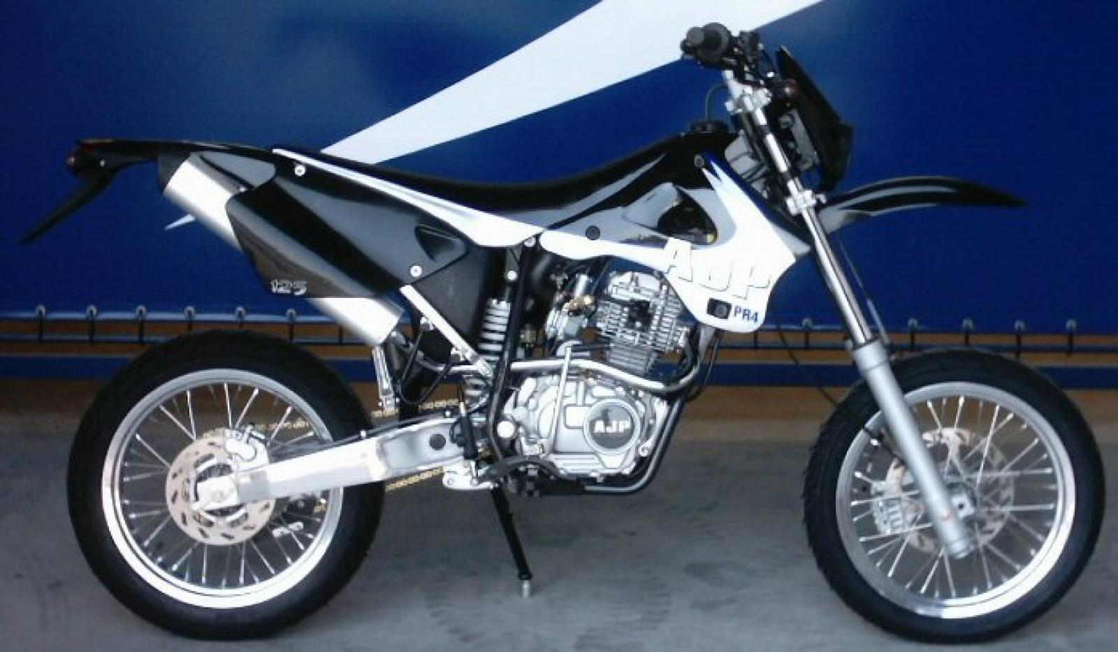 AJP PR4 200 Supermoto images #155846