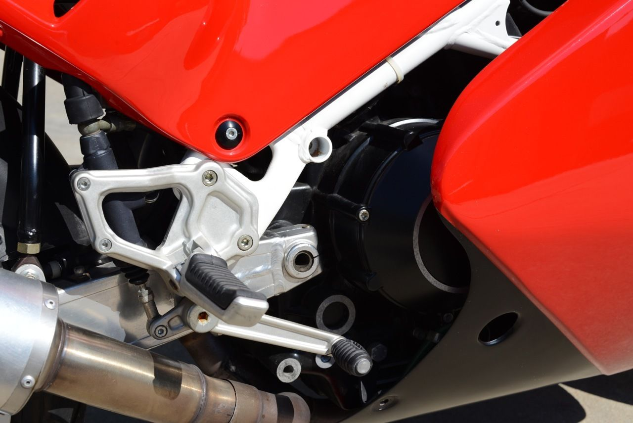Ducati 851 Strada 1990 wallpapers #10631