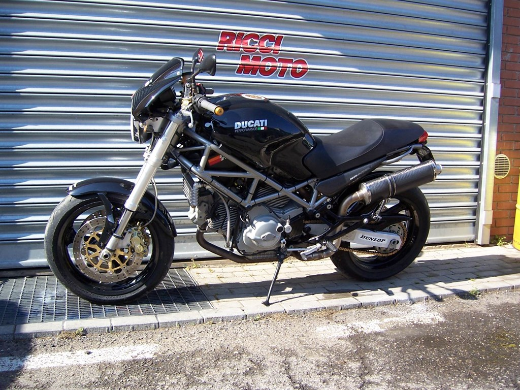 Ducati Monster 1000 S 2003 wallpapers #11325