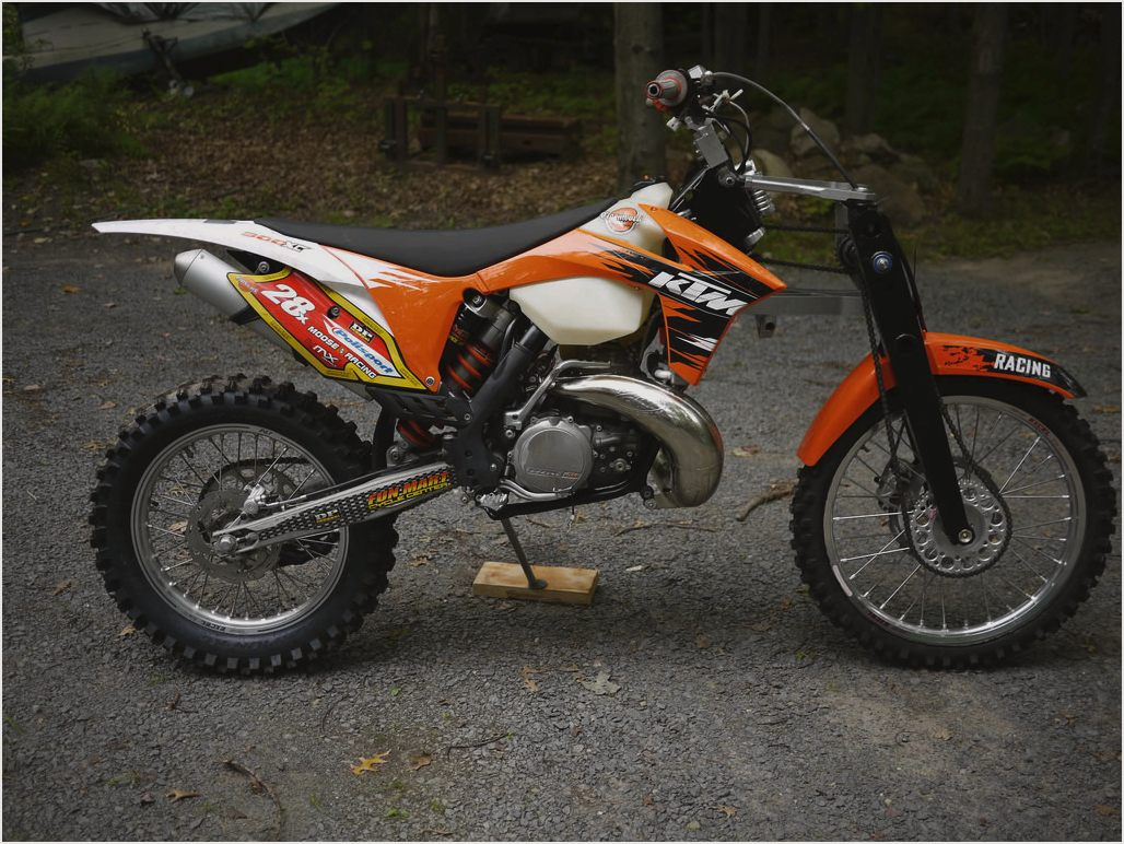 2003 ktm 300 exc pics specs and information. Black Bedroom Furniture Sets. Home Design Ideas