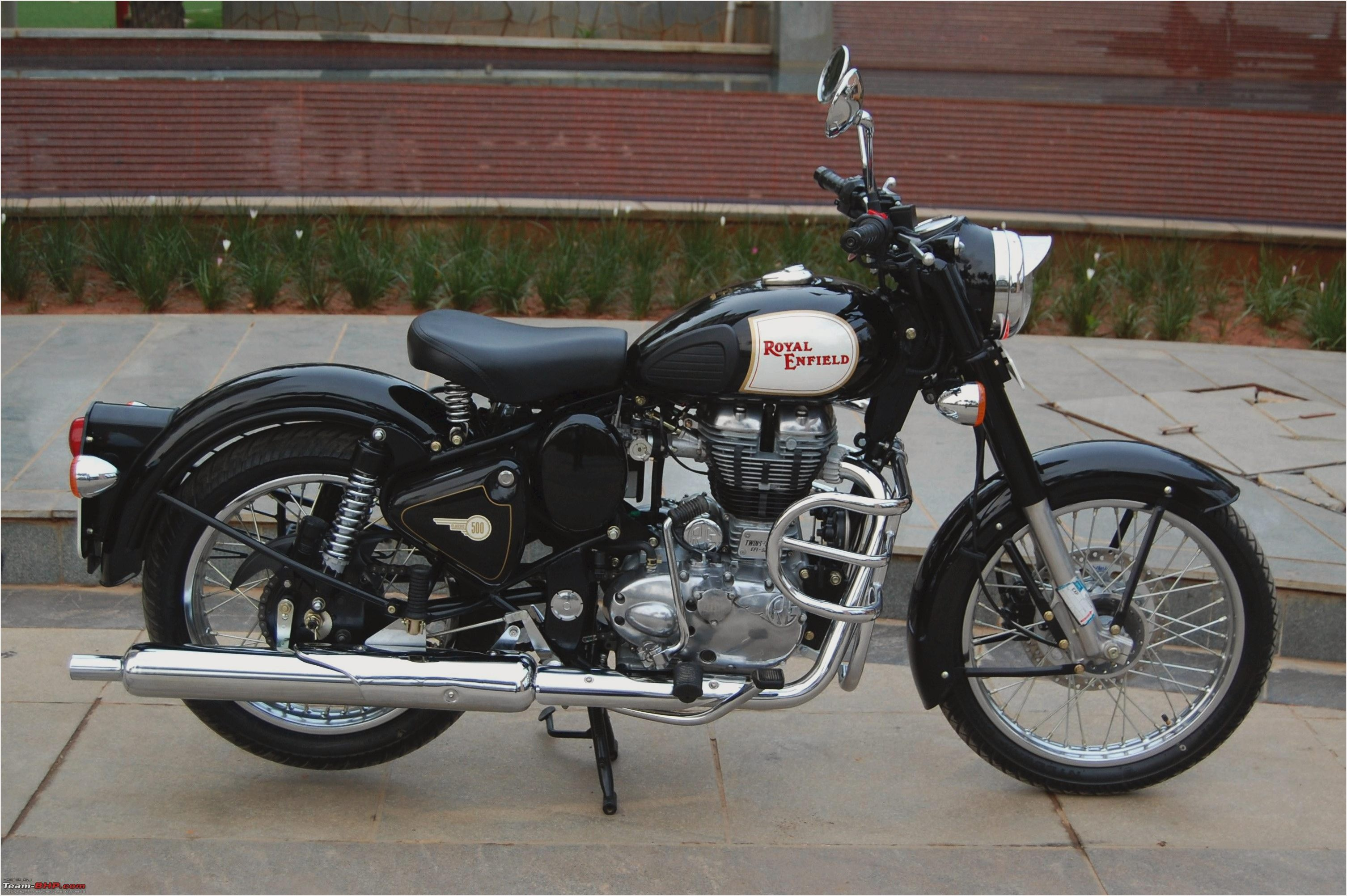 Royal Enfield Bullet 500 Deluxe AVL 2010 images #124042