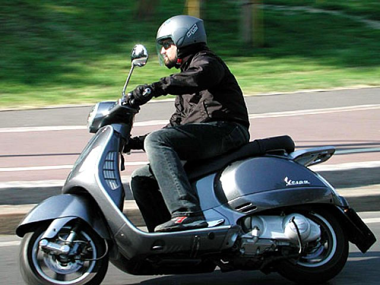 Vespa Granturismo 200 L 2005 wallpapers #146925