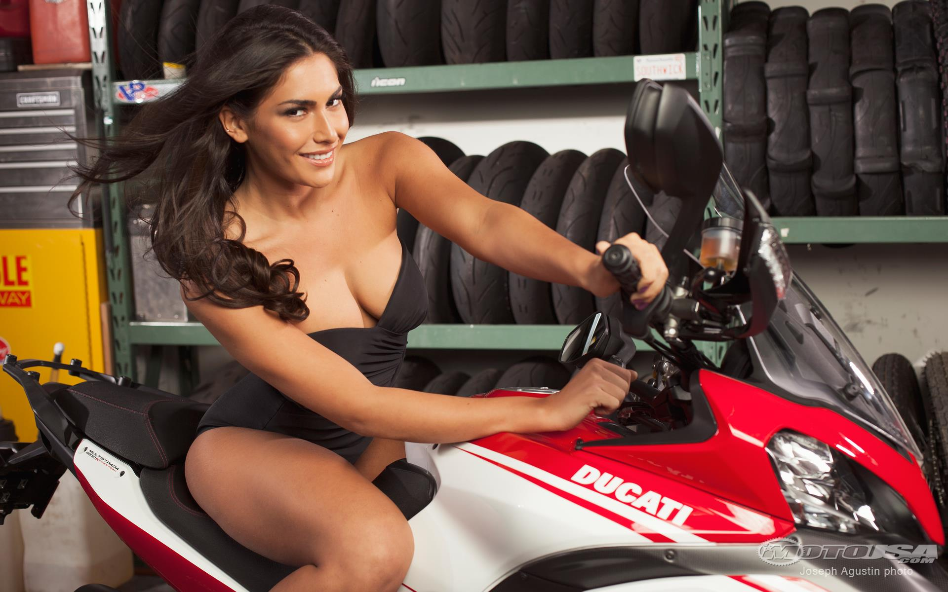 Ducati Multistrada 1200 S Pikes Peak Edition images #80029