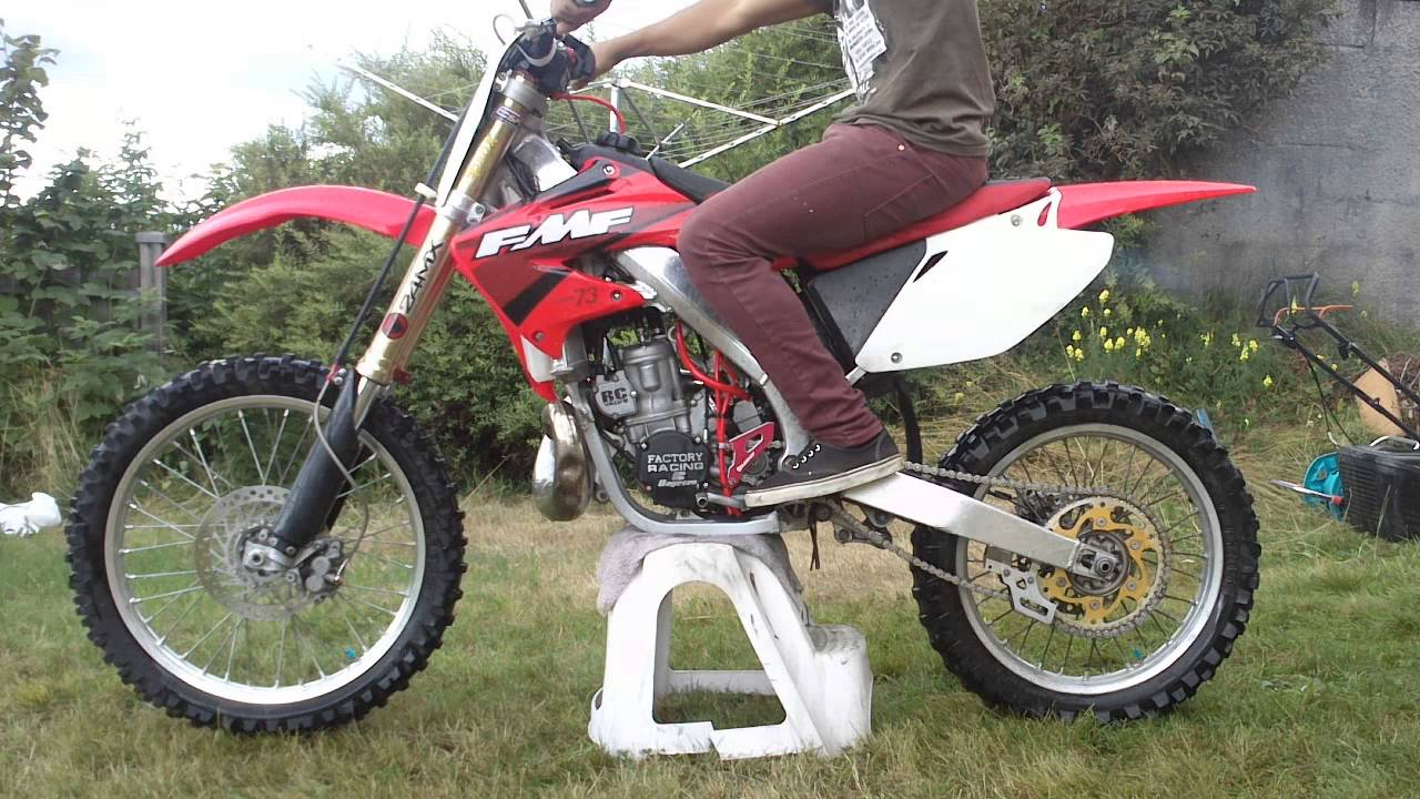 2004 honda cr 250 r pics specs and information. Black Bedroom Furniture Sets. Home Design Ideas