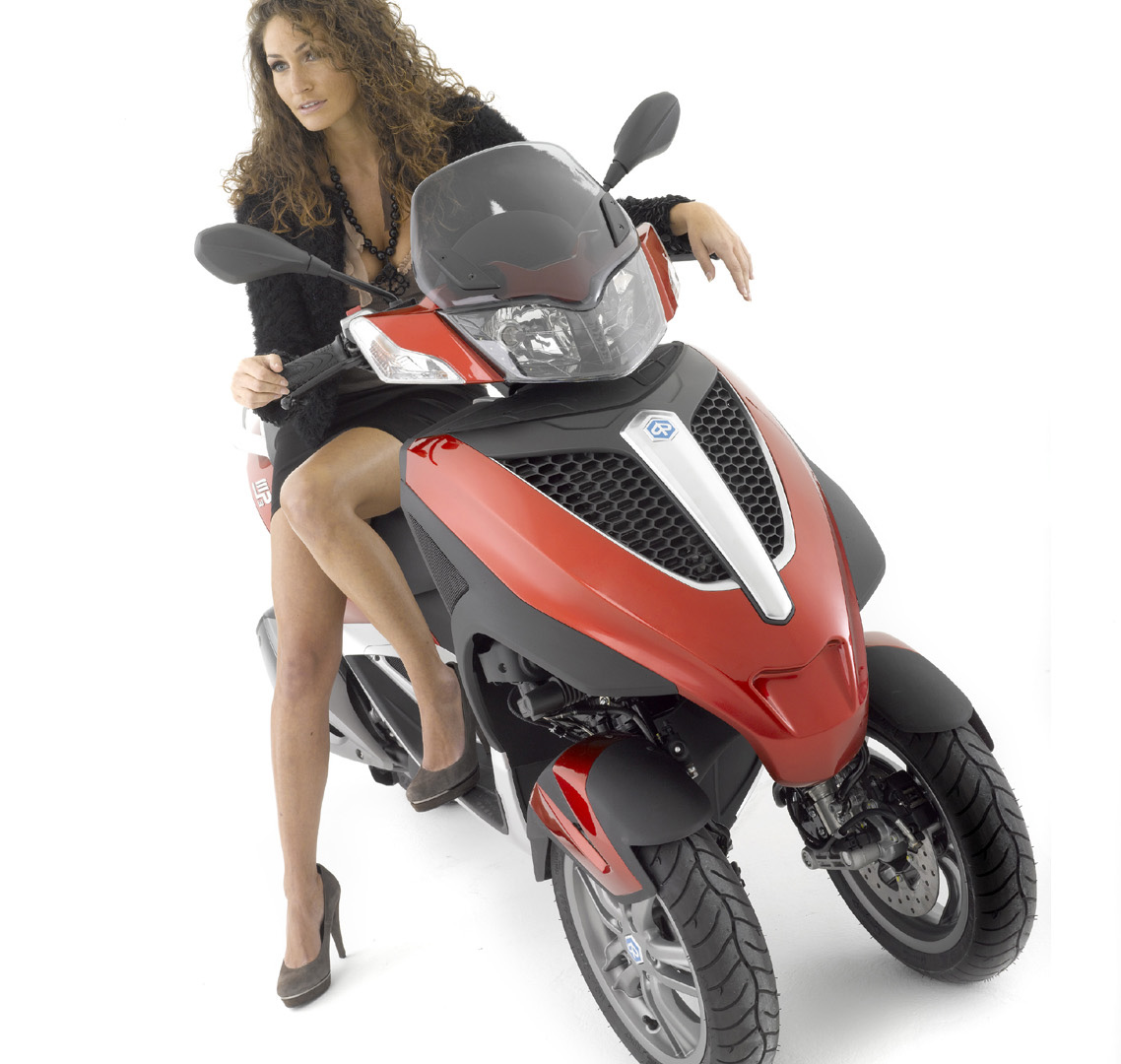 Piaggio MP3 125 Yourban 2011 wallpapers #144545