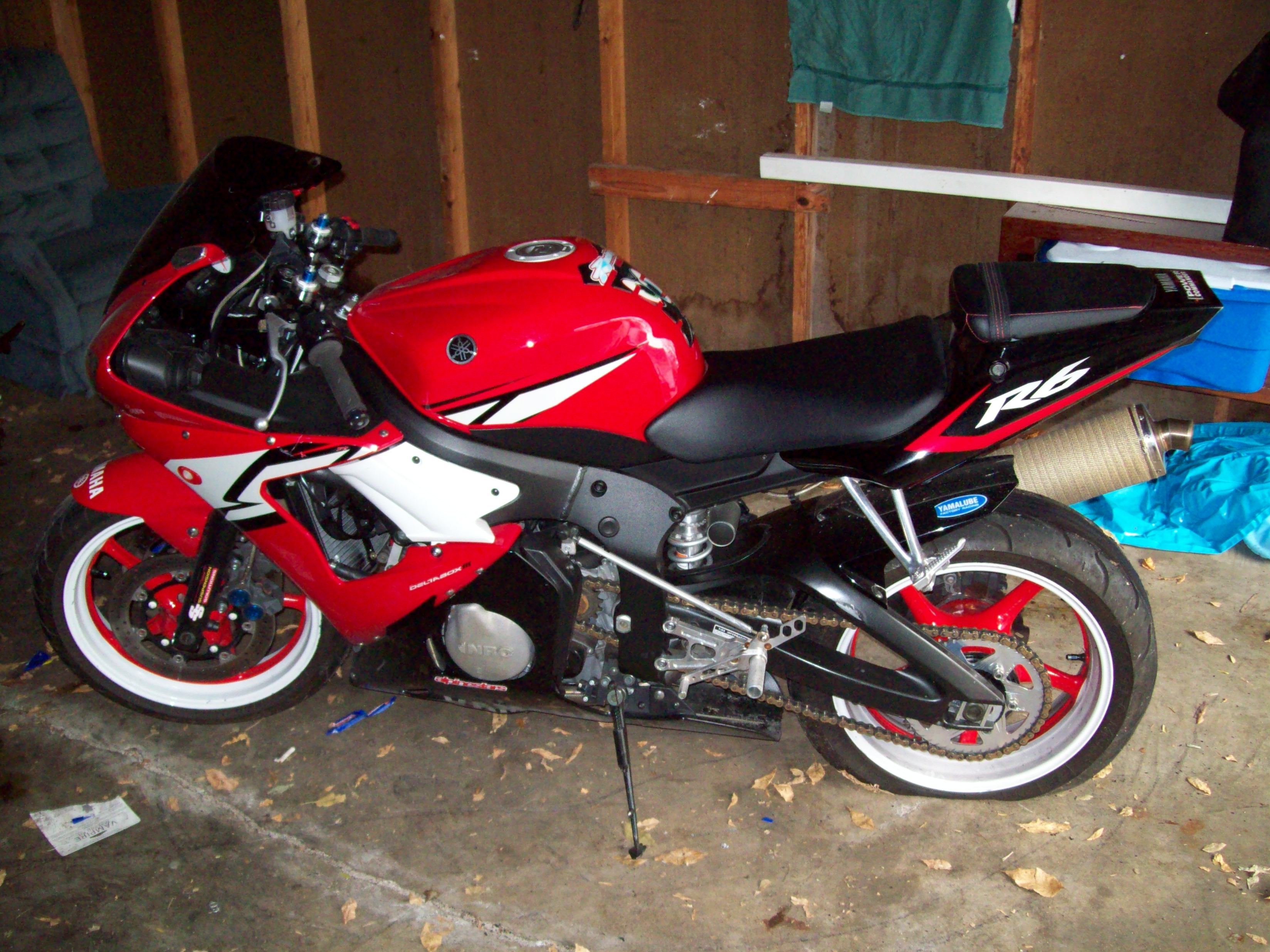2004 yamaha yzf r6 pics specs and information for Yamaha clp 120 specification