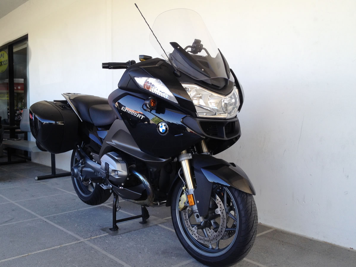 BMW R1200RT 90 Years Special Model 2013 images #8939