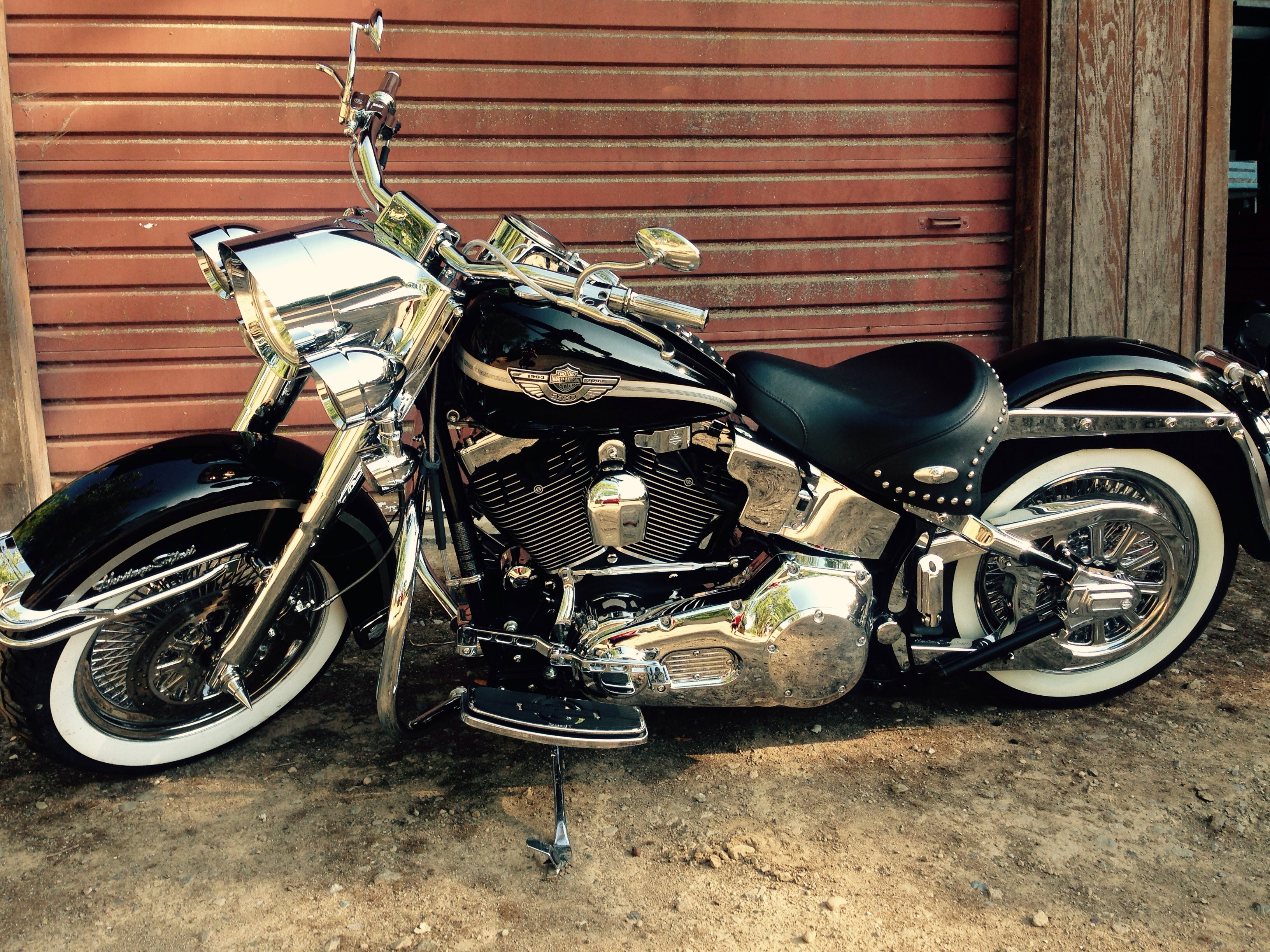 2002 harley davidson flstci heritage softail classic injection pics specs and information. Black Bedroom Furniture Sets. Home Design Ideas
