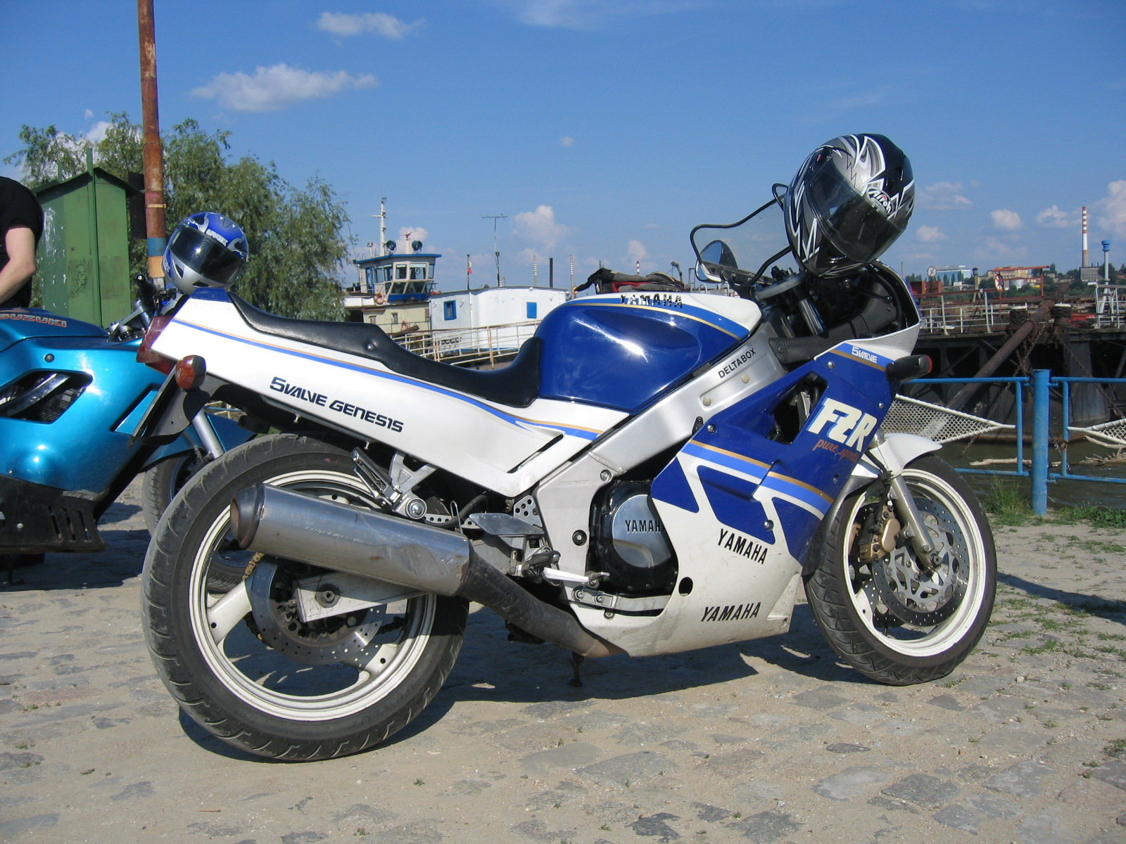 Kawasaki GPZ 500 S (reduced effect) 1993 pics #31870