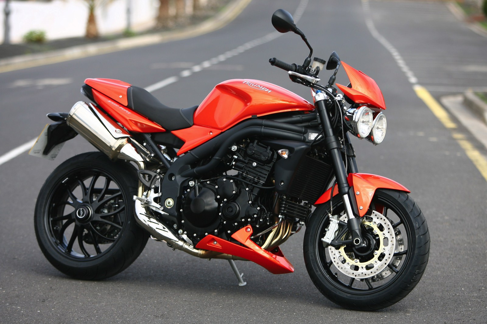 Triumph Speed Triple 1050 2011 images #126629
