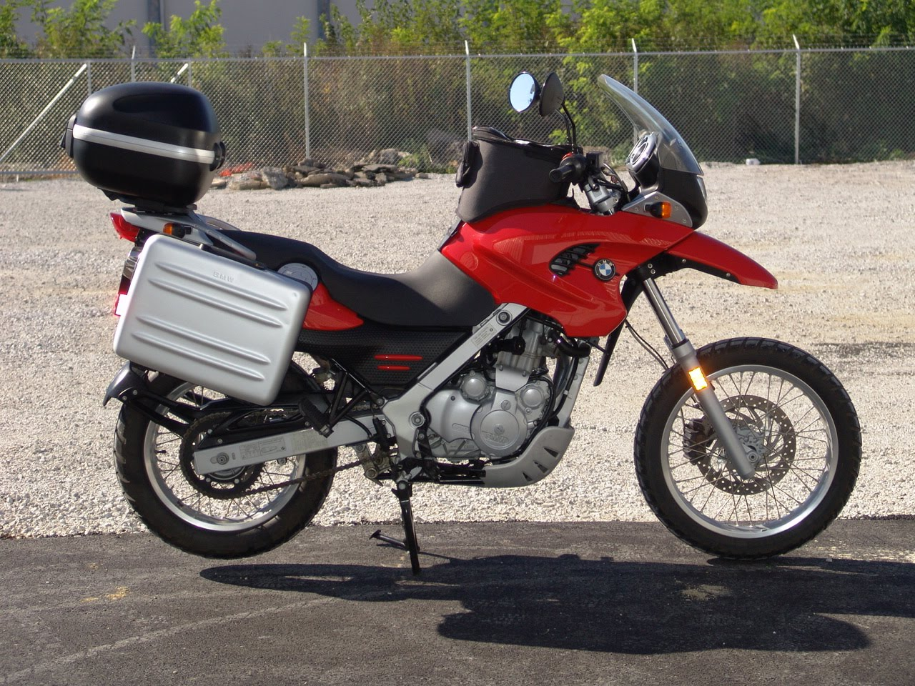 2001 Bmw F650gs Pics Specs And Information Onlymotorbikes Com
