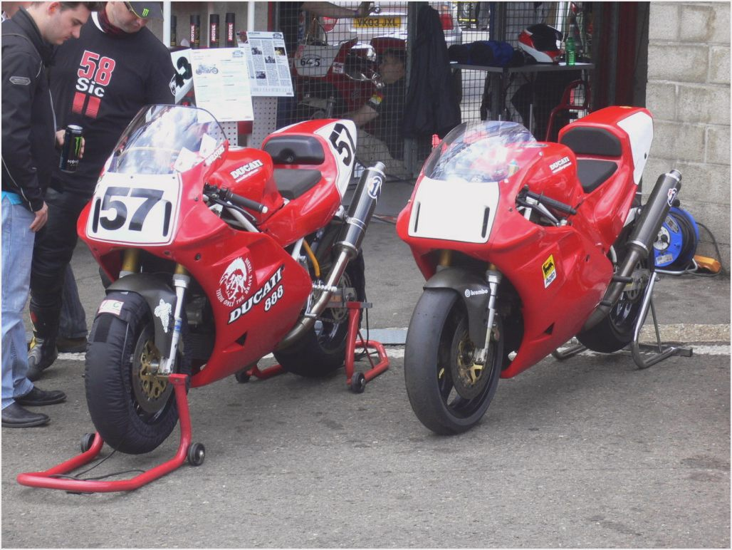Ducati 916 SPS 1998 wallpapers #11034