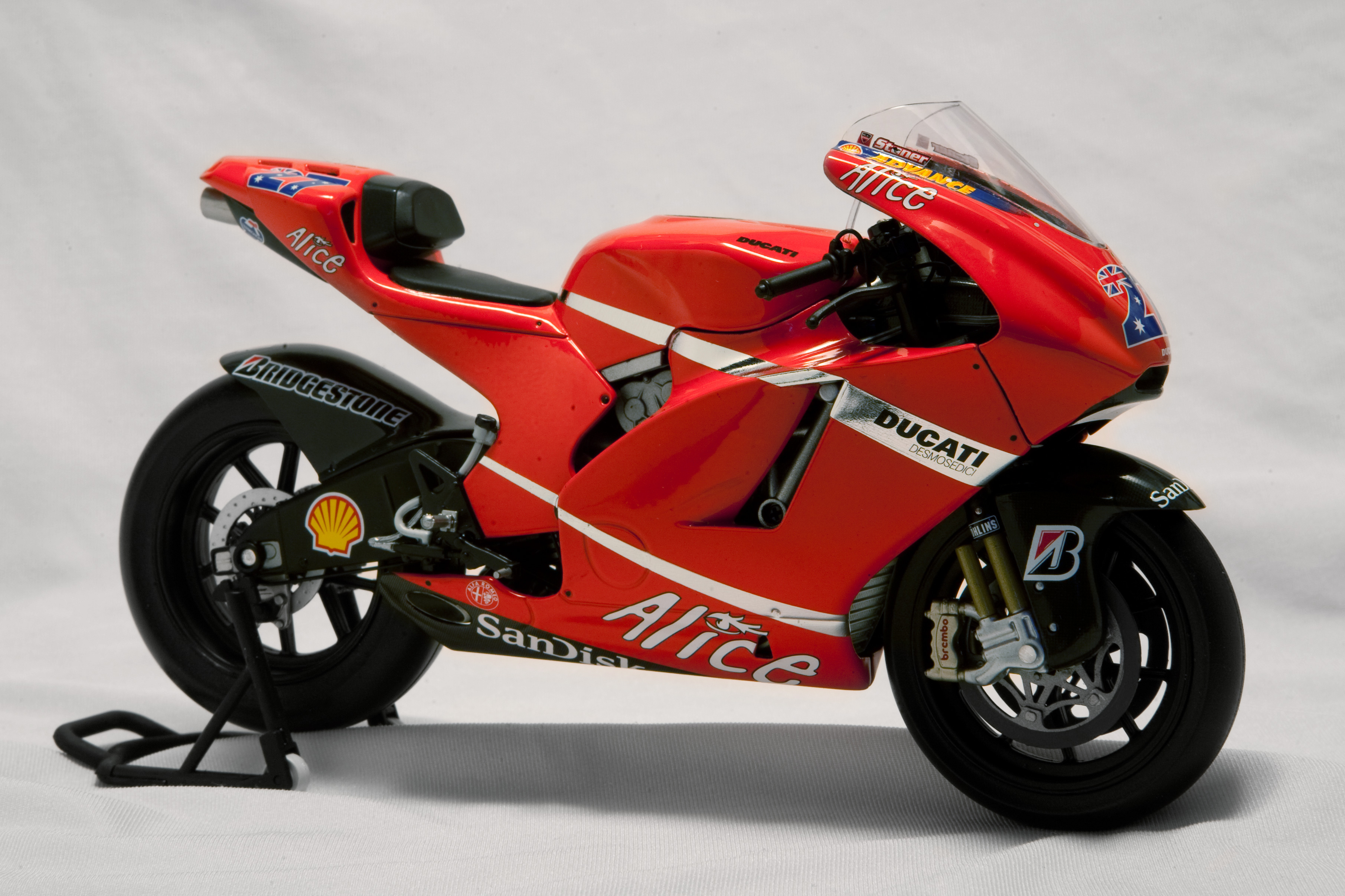 Ducati Desmosedici RR wallpapers #12026