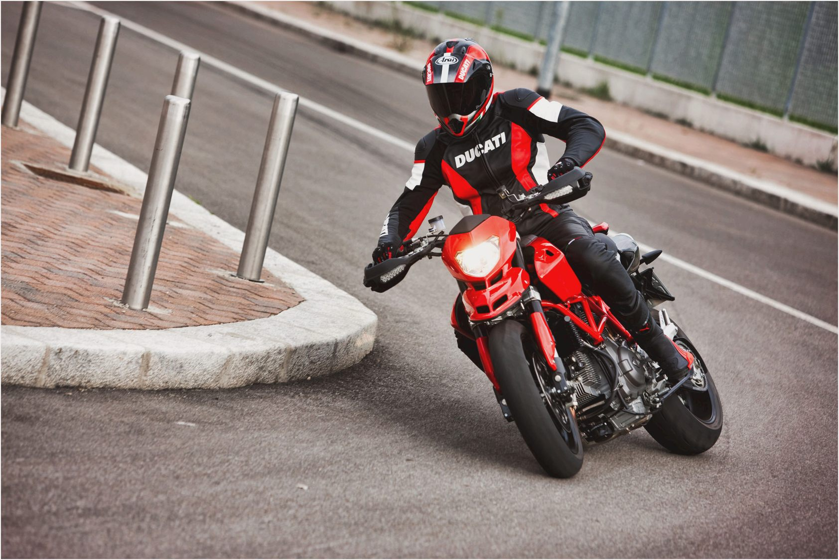 Ducati Monster 1100 EVO 20th Anniversary wallpapers #19177